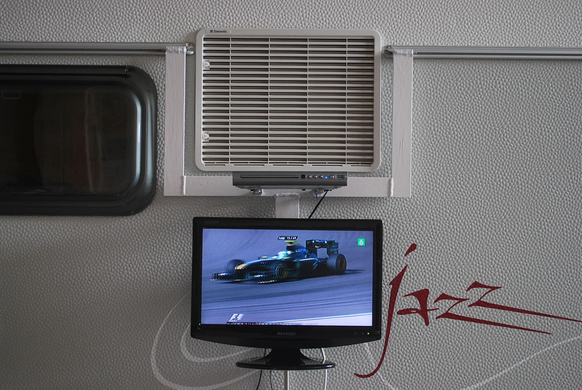 Soporte para tv plana en el exterior de la cv - Television pequena plana ...