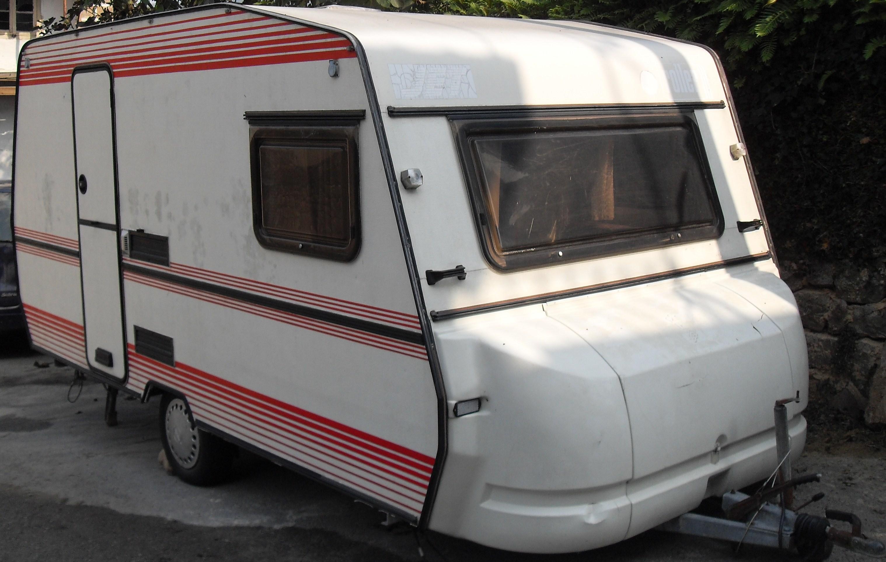 Reforma Baño Caravana:Os dejo unas fotos de la caravana que nos hemos comprado este invierno